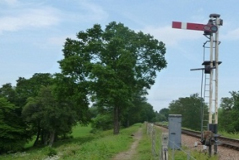 Signal along the lineside footpath